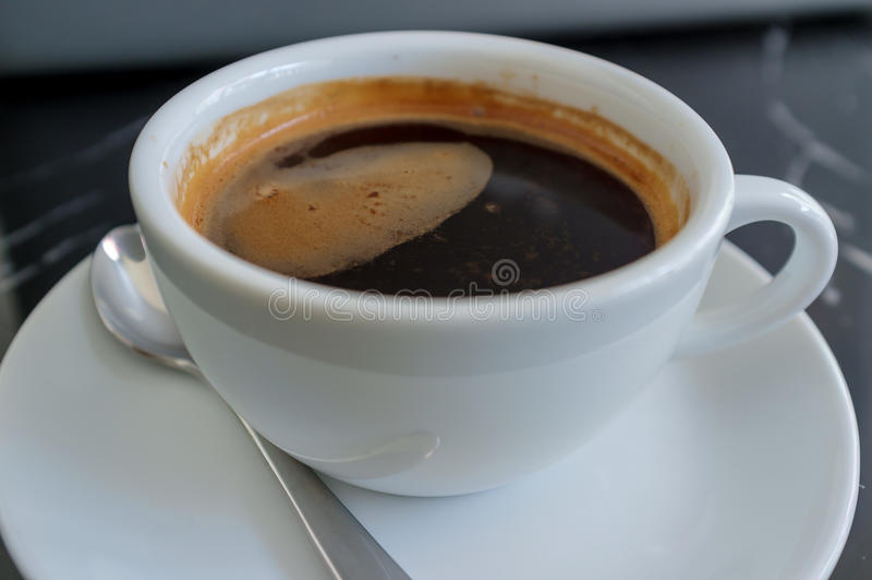 黑暗的咖啡 库存照片
