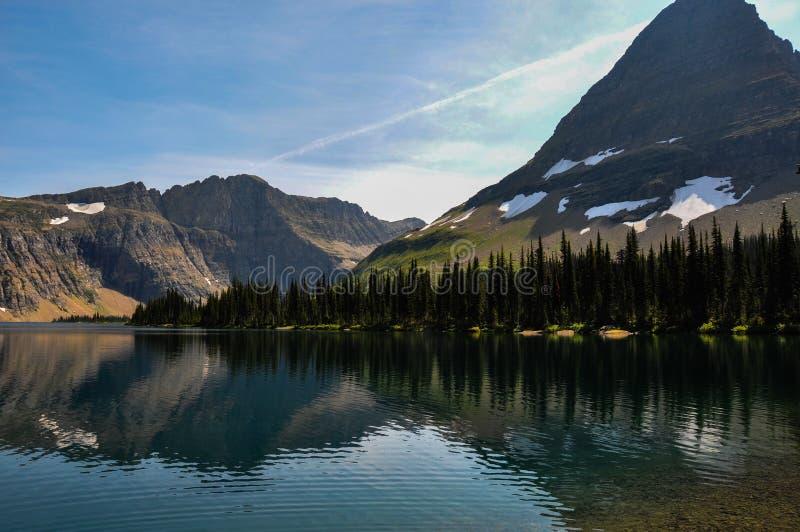 暗藏的湖足迹,冰川国家公园,蒙大拿,美国 库存照片