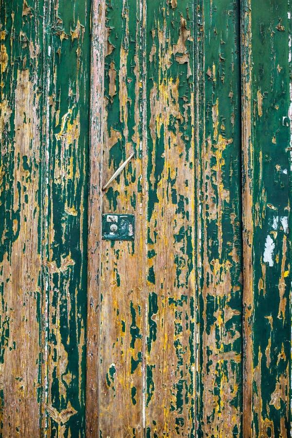黑暗被抓的难看的东西木织地不很细墙壁 老木纹理机智 图库摄影