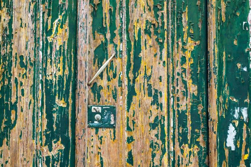 黑暗被抓的难看的东西木织地不很细墙壁 老木纹理机智 库存图片