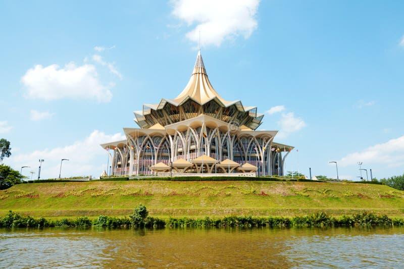 暗褐色大厦在古晋,婆罗洲,马来西亚 免版税图库摄影
