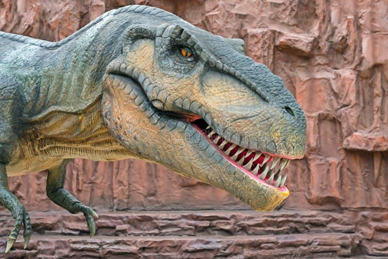 暴龙是coelurosaurian兽脚亚目恐龙类  种类暴龙rex rex意思'国王'拉丁的是一个 免版税库存照片
