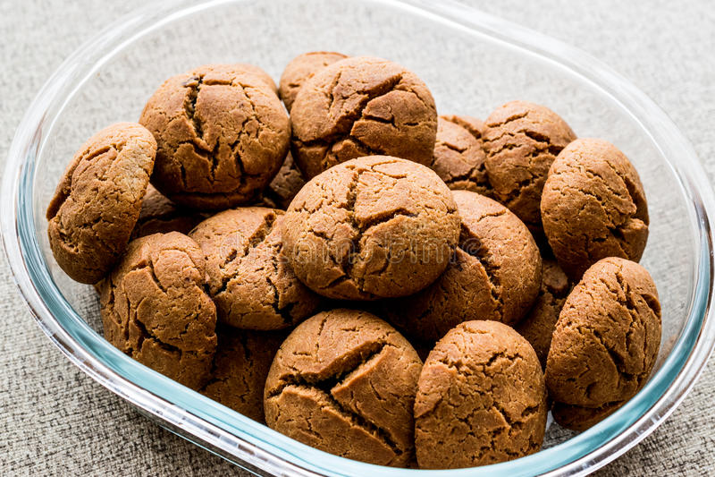 曲奇饼由Siyez面粉做、Einkorn或者Kaplica & x28; 小麦属植物monococcum& x29; 库存照片
