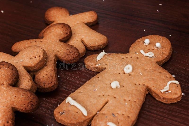 曲奇饼男孩,可口装饰的假日 库存图片