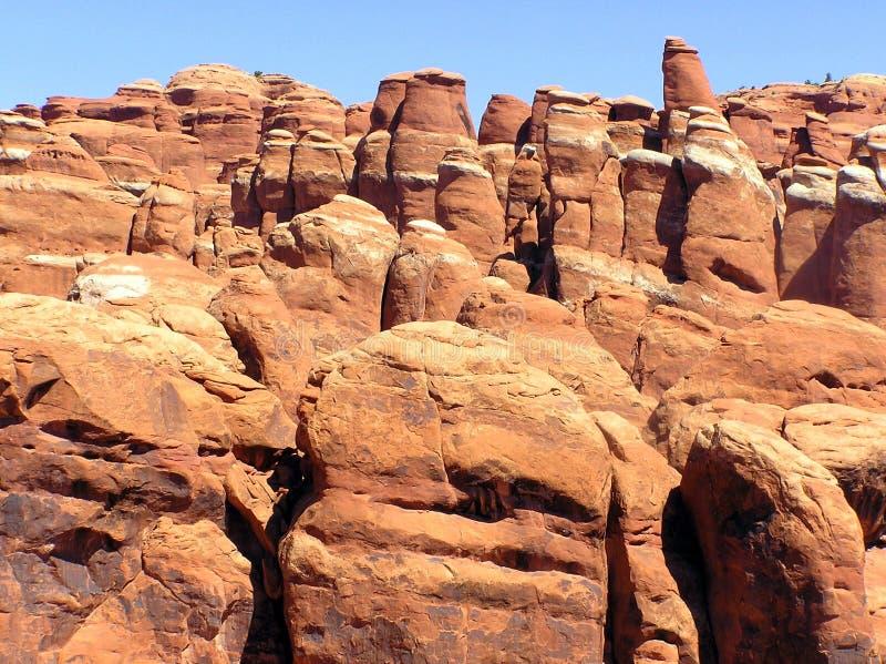 在曲拱国家公园,犹他的岩层 免版税库存图片