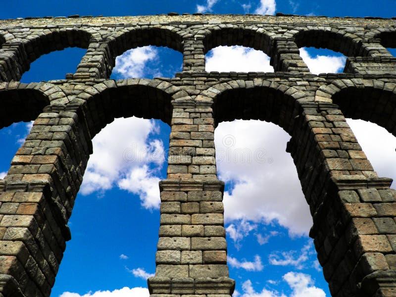 曲拱在西班牙 免版税图库摄影