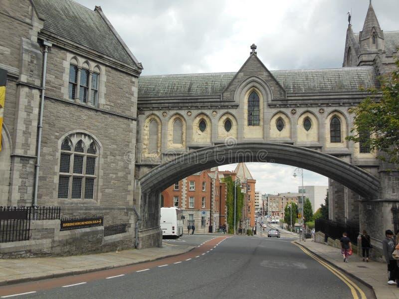 曲拱在都伯林,爱尔兰 免版税库存图片