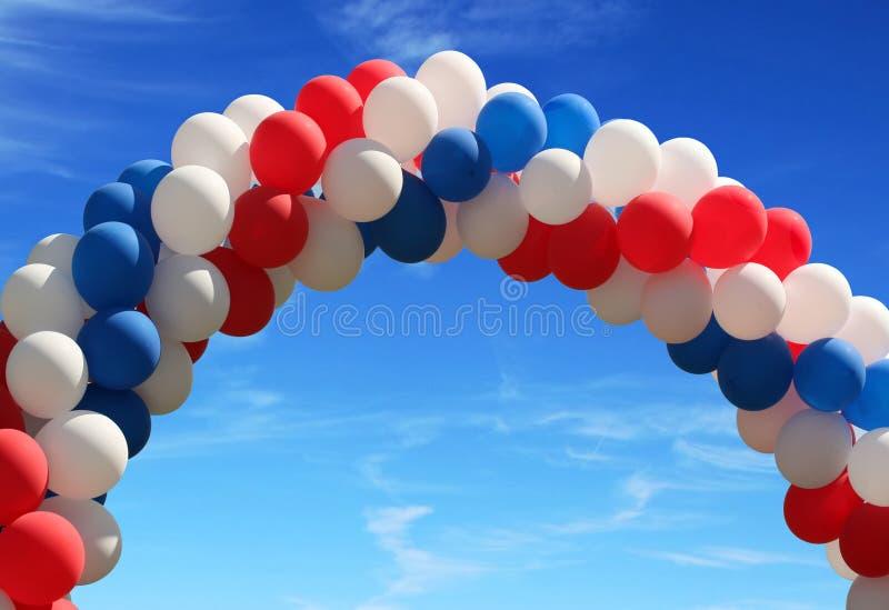 曲拱气球 库存照片