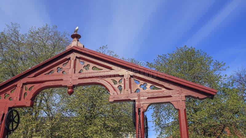 曲拱的片段在老桥梁的在特隆赫姆 库存照片