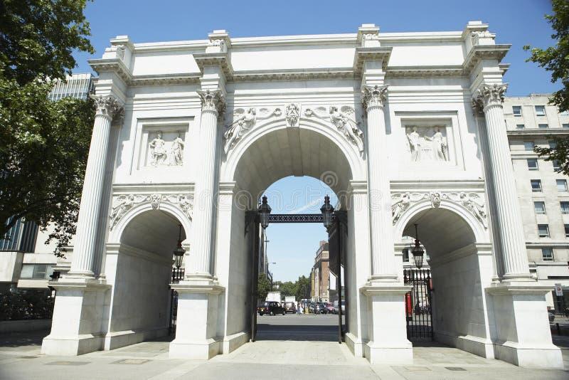 曲拱英国伦敦大理石 免版税库存图片