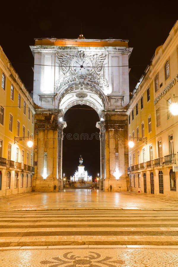 曲拱里斯本晚上凯旋式的葡萄牙 库存照片