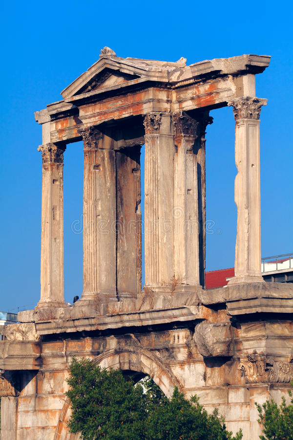 曲拱雅典hadrian s 库存图片