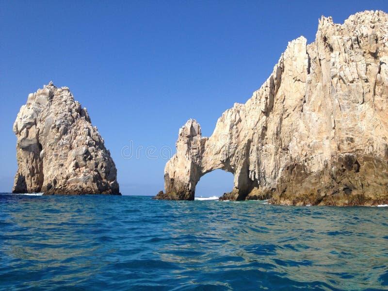 曲拱Cabo圣卢卡斯 免版税库存图片