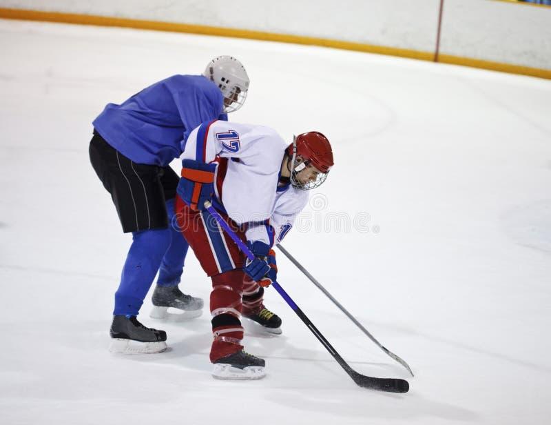 曲棍球冰球员 图库摄影