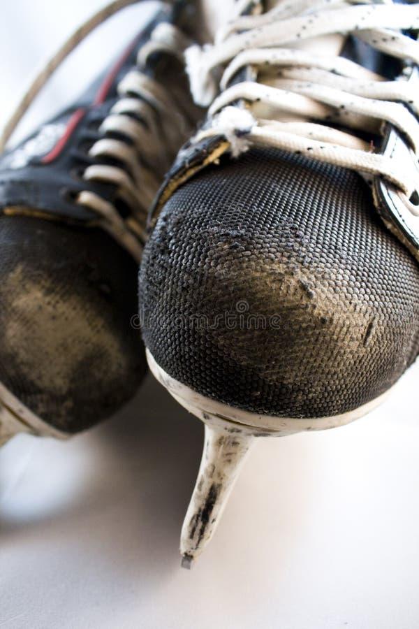 曲棍球溜冰鞋使用了 免版税库存照片