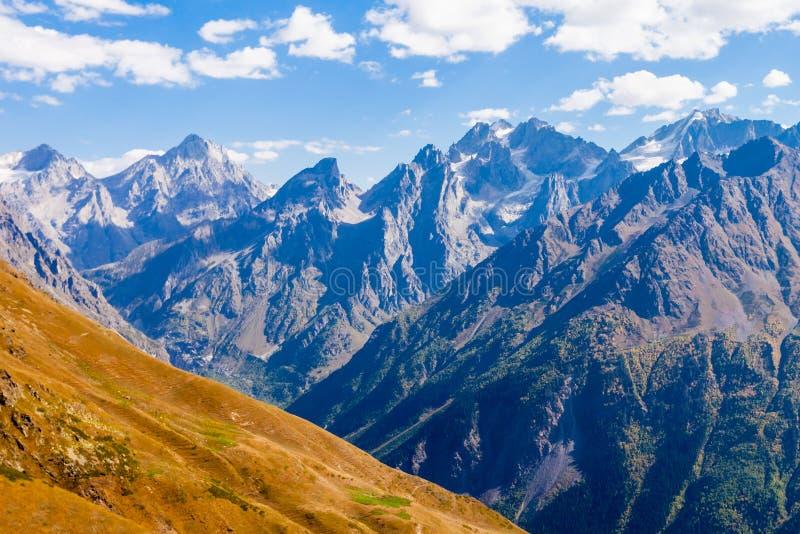 更加伟大的高加索山脉 图库摄影