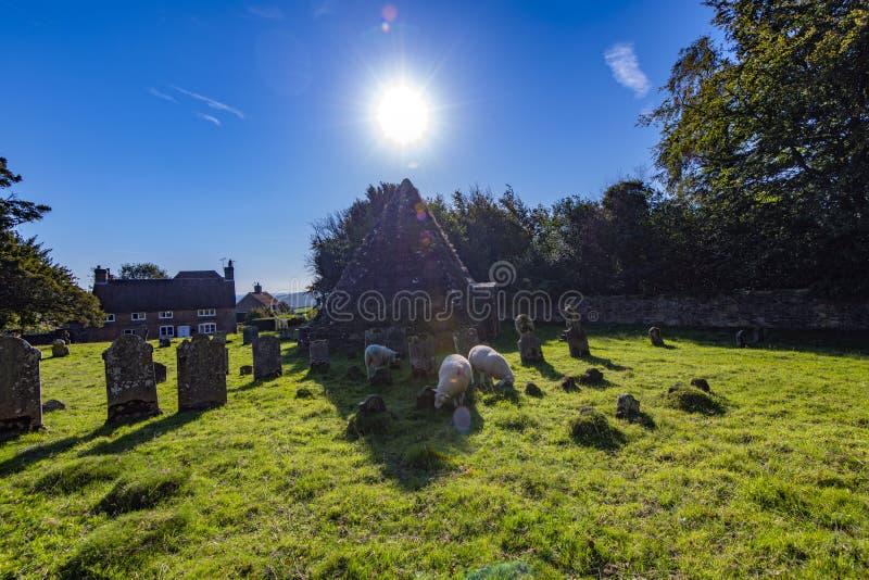 更加充分疯狂的杰克的坟茔- Brightling教会,东萨塞克斯郡,英国 库存图片