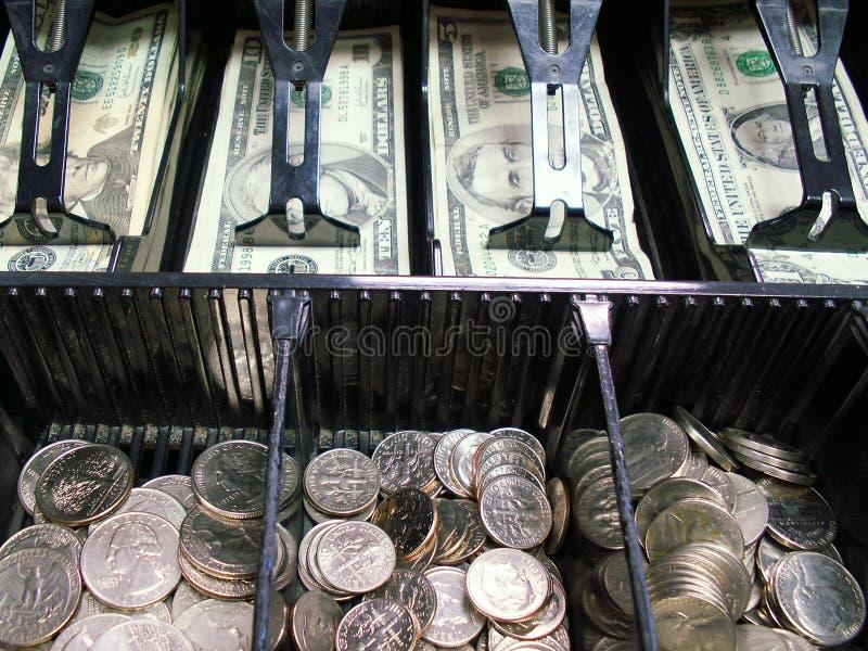Download 更改您 库存图片. 图片 包括有 硬币, 采购, 出票人, 购物, 度过, 角钱, 季度, 寄存器, 界面, 美元 - 185163