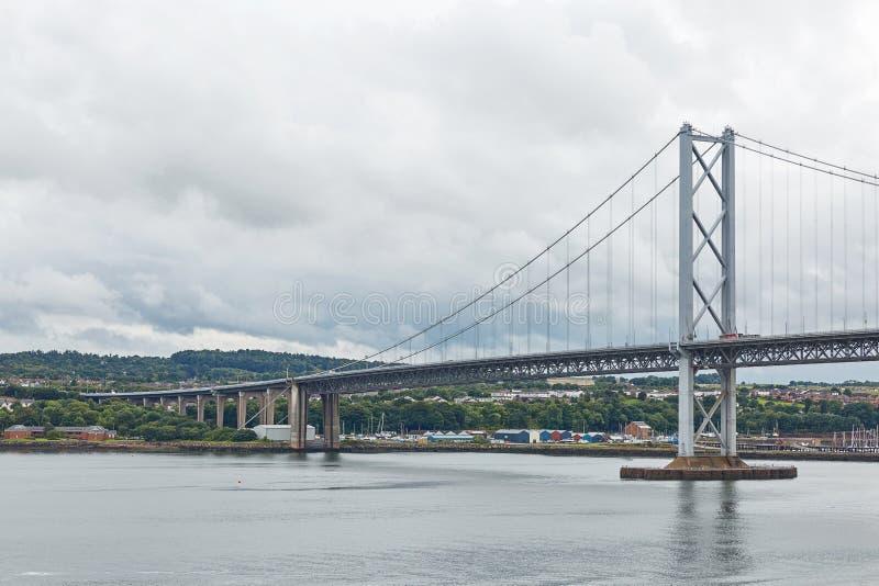 更旧的路桥梁在爱丁堡苏格兰 免版税库存照片