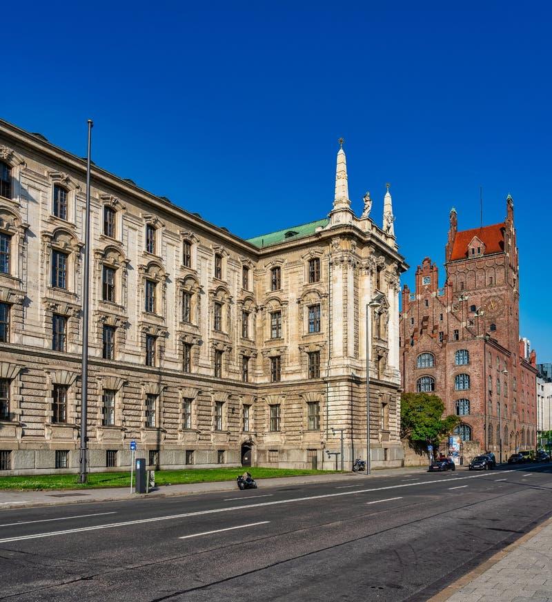 更高的地区法院和巴法力亚立宪法院,慕尼黑,德国 免版税图库摄影