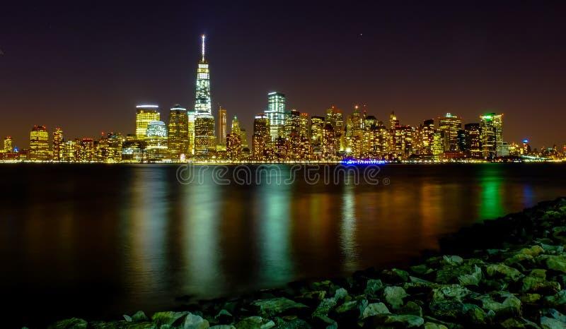 曼哈顿夜场面 免版税图库摄影