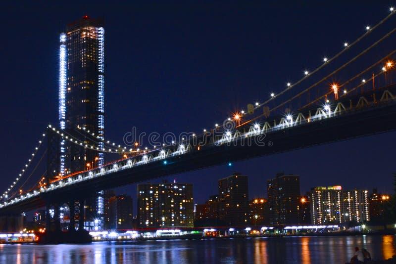 曼哈顿大桥夜间 免版税图库摄影