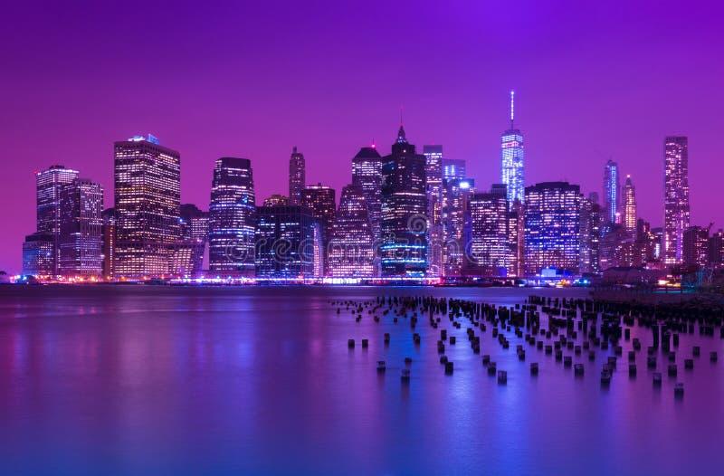 曼哈顿晚上地平线 纽约都市风景 NY,美国 免版税库存照片