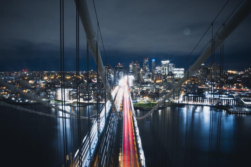 曼哈顿桥梁上面  库存照片