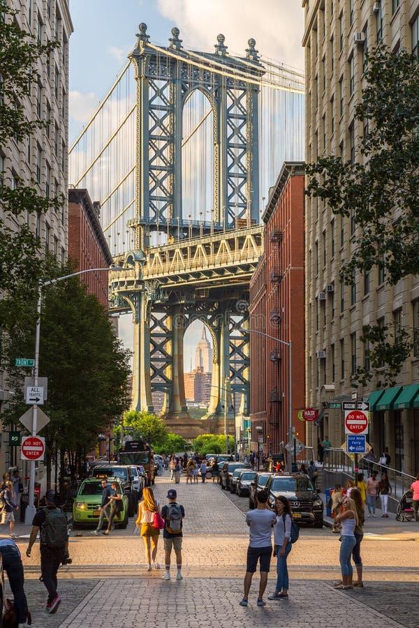 曼哈顿桥梁看法和从布鲁克林 库存图片