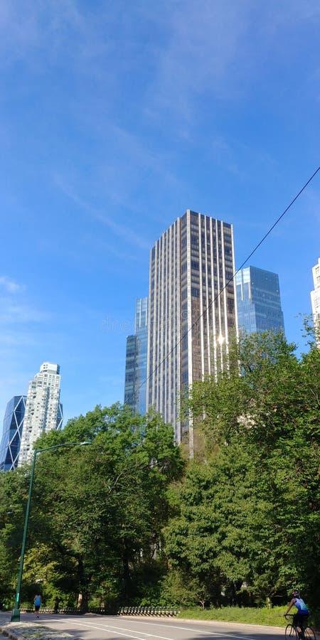 曼哈顿看法从在花园大概的 免版税库存照片