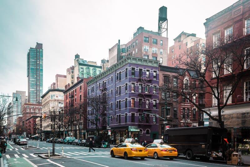 曼哈顿,纽约上部西部站点大厦和街道  库存图片