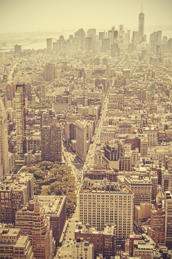 曼哈顿, NYC的减速火箭的老影片样式图片 免版税库存照片