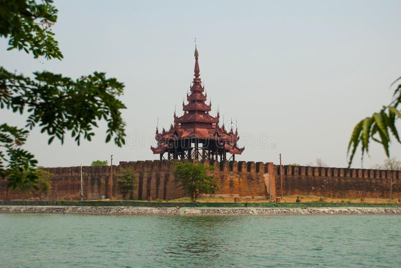 Download 曼德勒王宫缅甸的 库存图片. 图片 包括有 城市, 土产, 著名, 附庸风雅, 拱道, 的btu, 文化 - 72366349