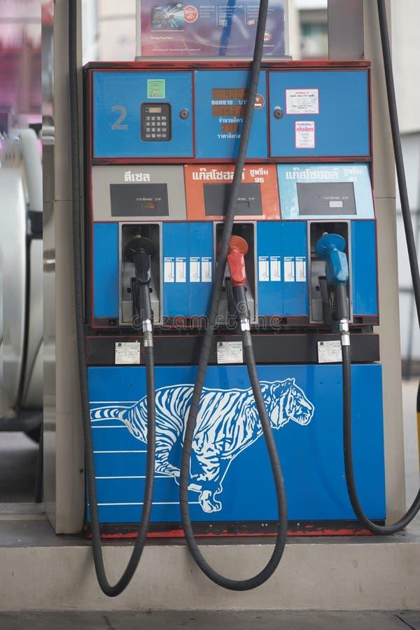 曼谷、泰国、4月27,2018,燃油泵或喷管在气体或oi 免版税库存照片