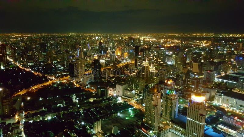 曼谷在晚上 库存照片