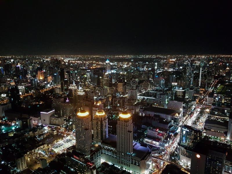 曼谷地平线在晚上 库存图片