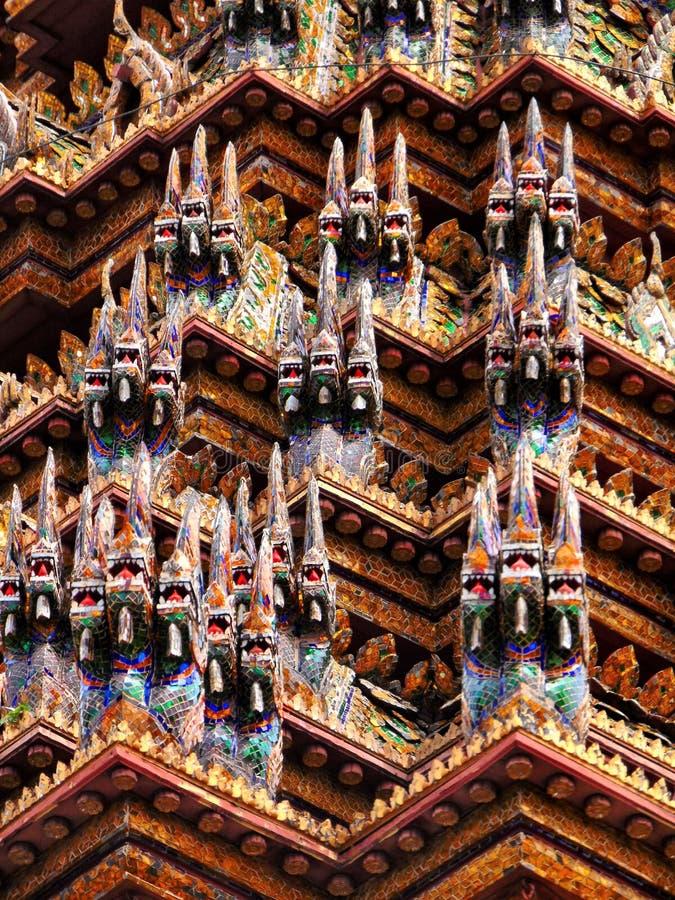 曼谷大皇宫屋顶细节 库存照片