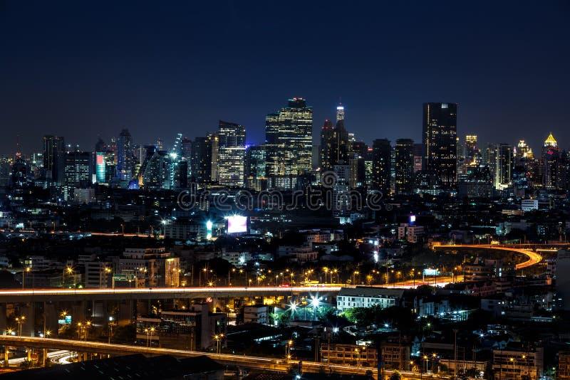 曼谷市在晚上 库存照片