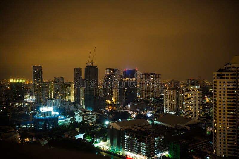 曼谷市晚上 库存照片