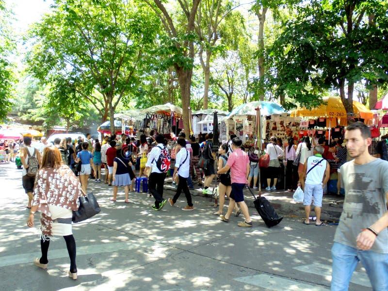 曼谷泰国:JJ市场,世界各地大家的周末市场 库存照片