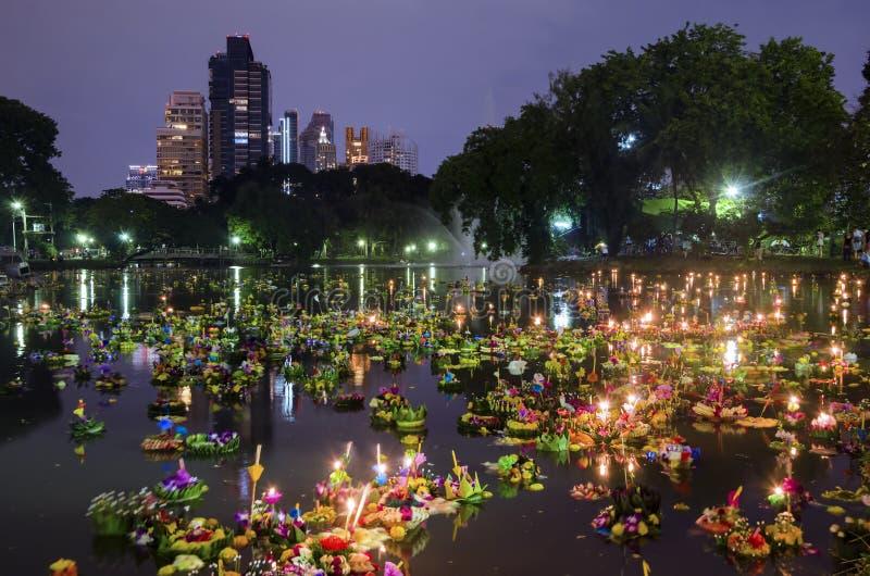 曼谷泰国- 11月25日:Loy Krathong节日 免版税图库摄影