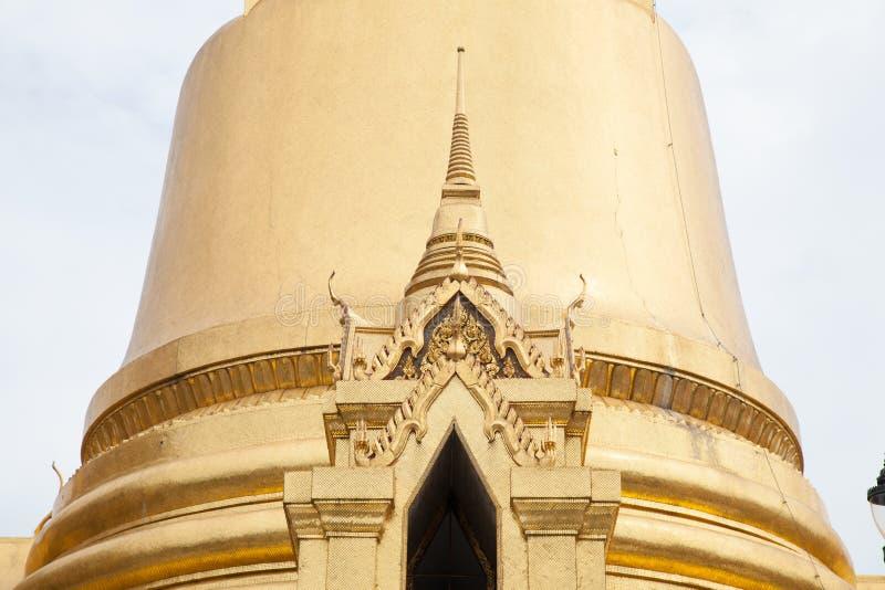 曼谷玉佛寺的塔。 免版税库存图片