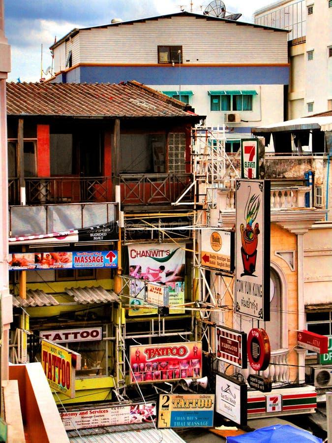 曼谷考三路纹身店 库存照片