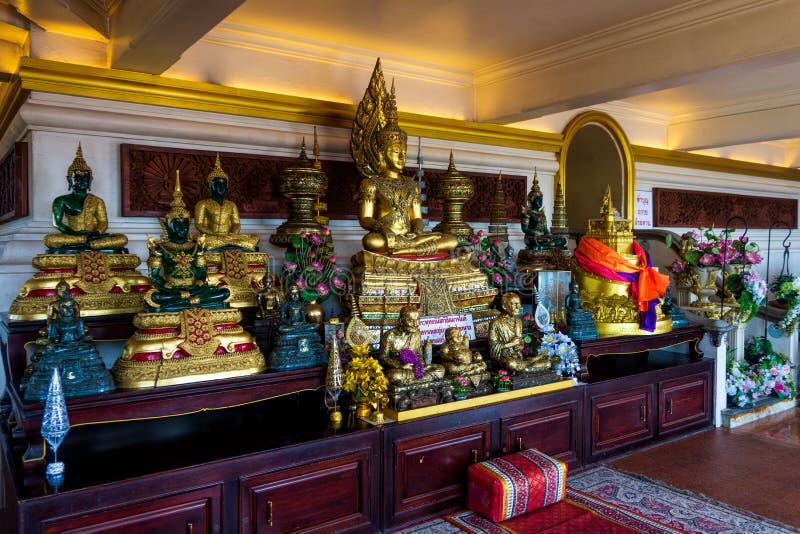 曼谷,泰国,金黄登上的2013年3月寺庙,普遍的旅游景点在亚洲 库存照片