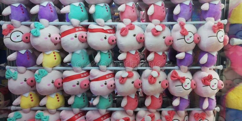 曼谷,泰国,2018年11月28日,采取照片颜色可爱的玩偶 库存图片