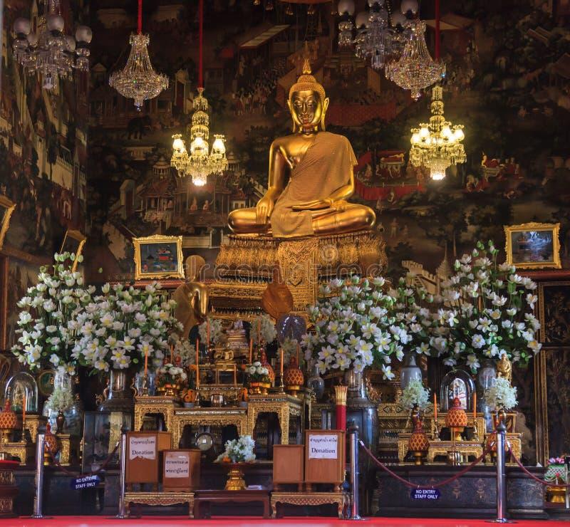 曼谷,泰国- 2018年12月6日:Phraphutthathammisarat Lokkathatdilok,在的主持的菩萨阁下雕象图象 免版税库存图片