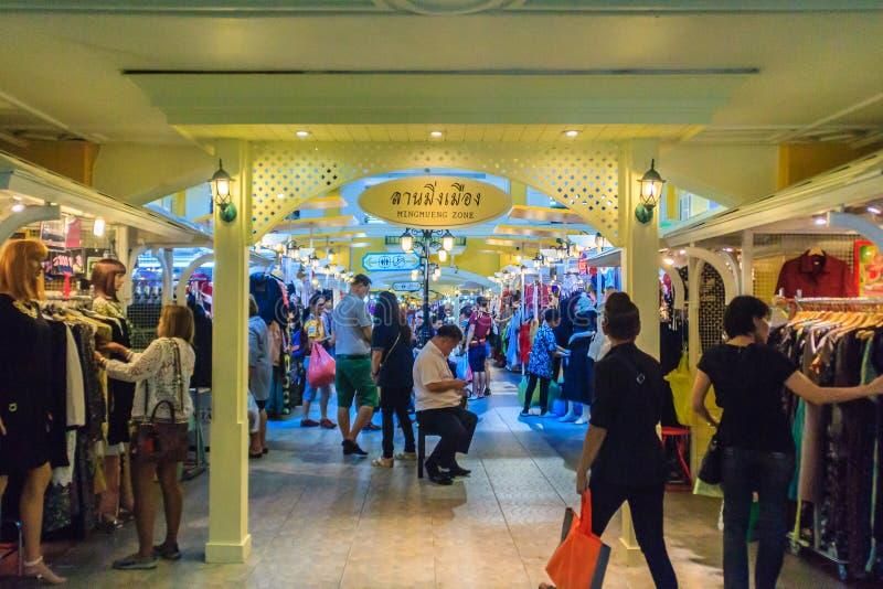 曼谷,泰国- 2017年3月2日:老泰国购物广场, 免版税图库摄影