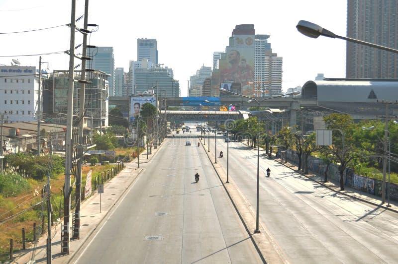 曼谷/泰国- 01 13 2014年:作为`停工曼谷`操作一部分,曼谷街道被阻拦 免版税图库摄影