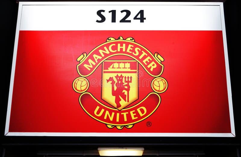 曼彻斯特,英国- 2月17日:在入口门上上在2014年2月17日的老特拉福德体育场内在曼彻斯特,英国 免版税图库摄影