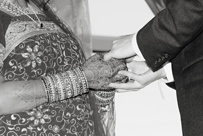 替换环形婚礼 免版税库存照片